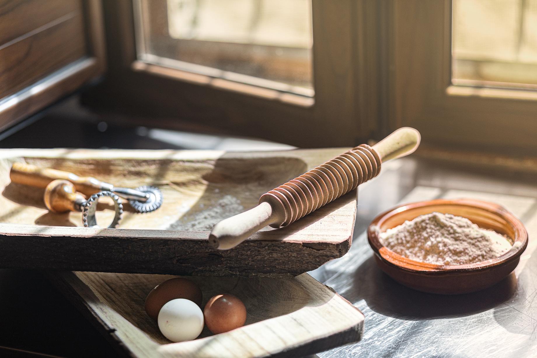 Pasta making workshop shot by Alberto Bernasconi for Enjoy magazine