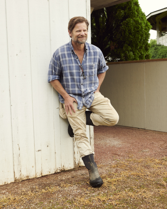 Steve Zahn smiling candidly shot by Egan Parks for the Hollywood Reporter