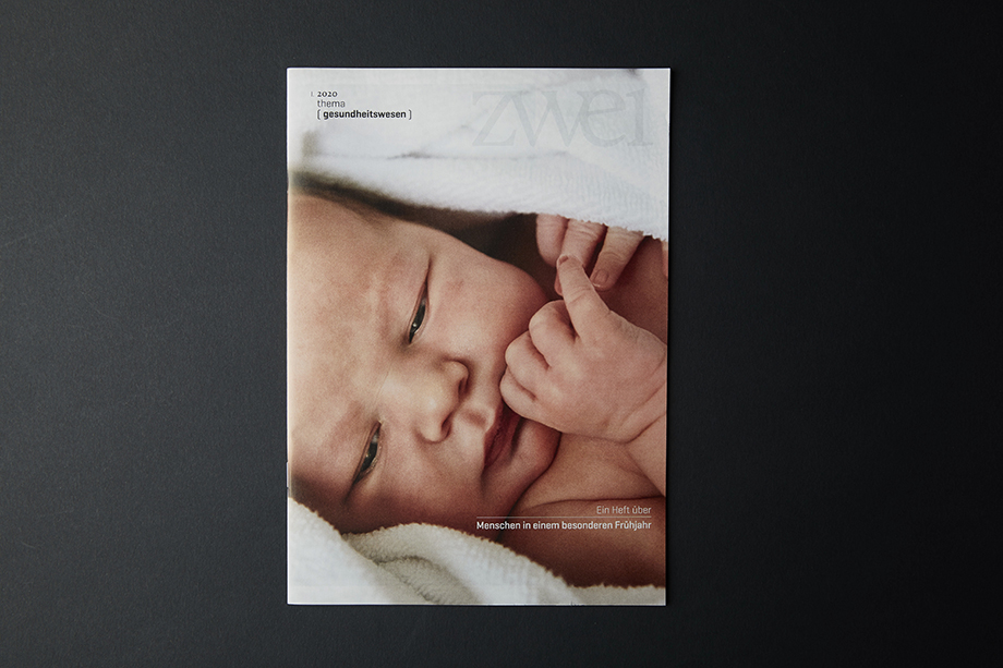 Cover of Zwei Magazin photographed by Enno Kapitza.