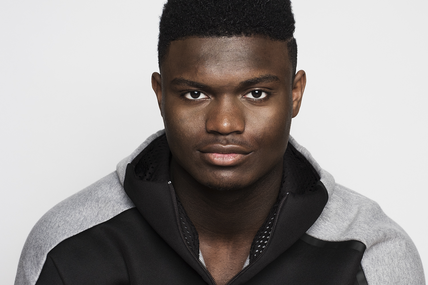 Ian Curcio photographs Zion Williamson head on against a white background