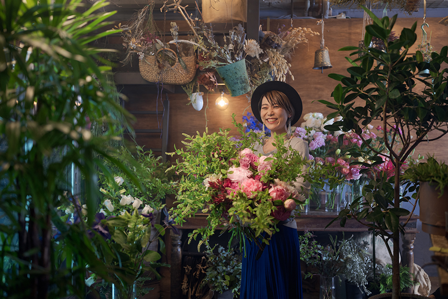 Ai Hashimoto at her shop On Flowers. Photographed by Irwin Wong.
