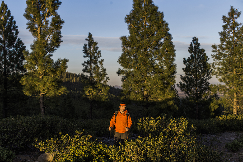 Rue McKenrick hiking in Bend, Oregon. Photographed by Michael Hanson for Backpacker Magazine.