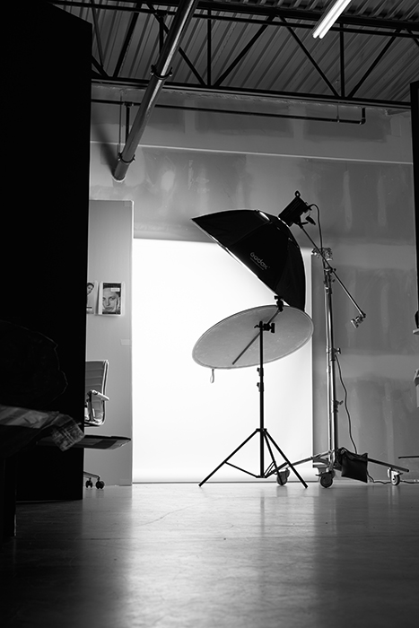 Richard Schmon's lighting setup.