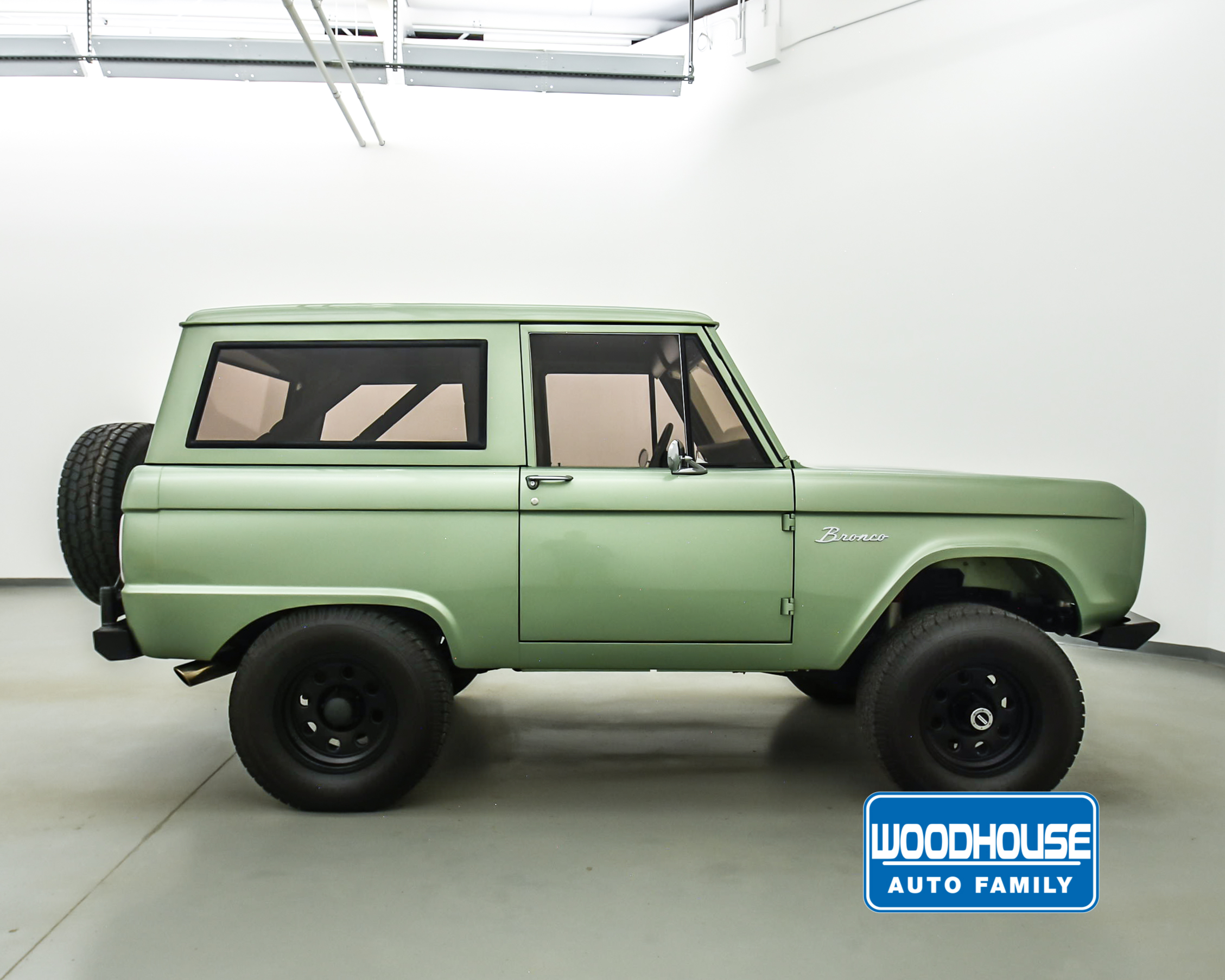 Uploads 2f04 a4836 772136 bronco.jpg   1550681793472   v3paqtv0no   vehicleimage   324383   04 a4836 772136 bronco