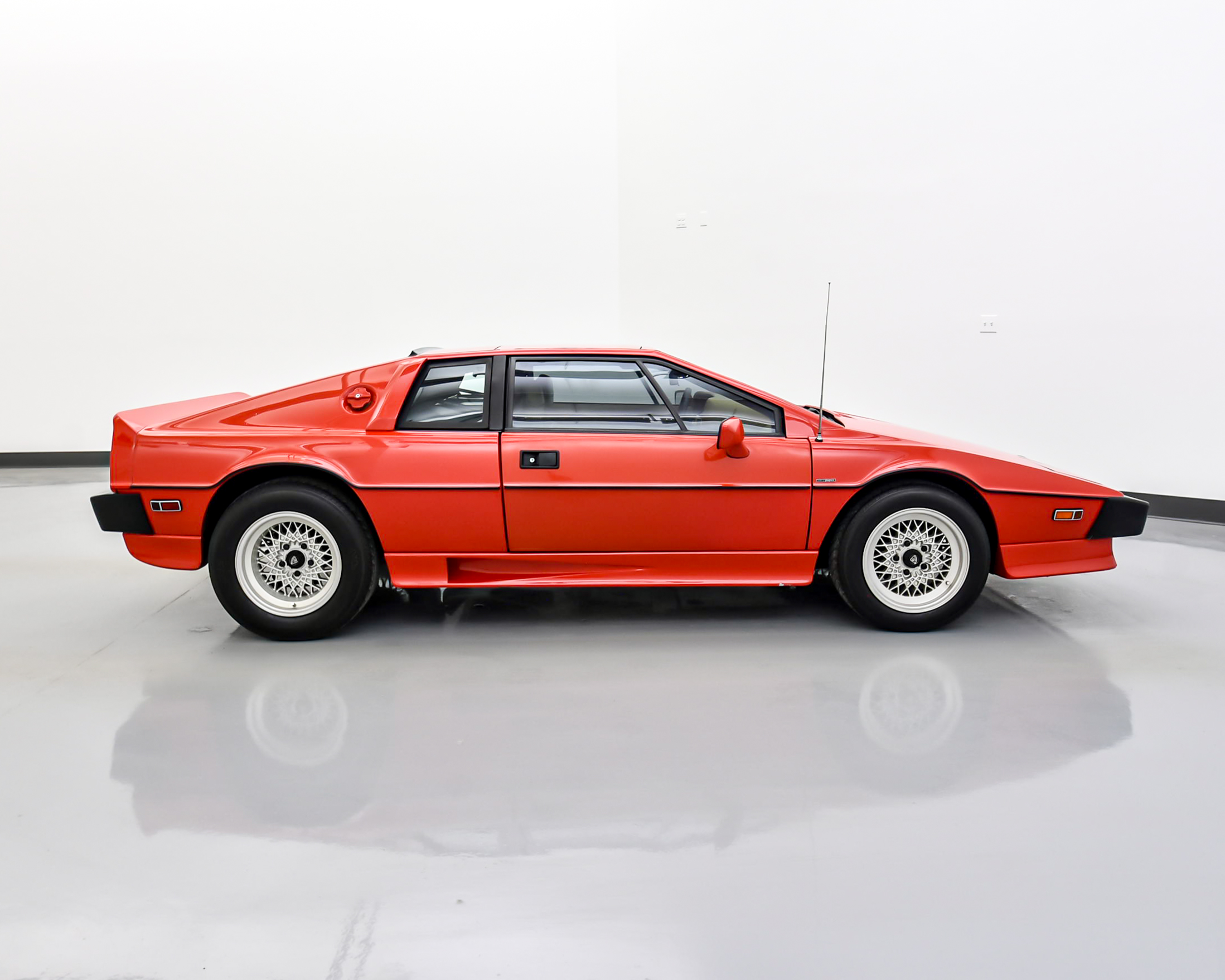 Woodhouse | Used 1987 Lotus Esprit For Sale | Porsche (Omaha)