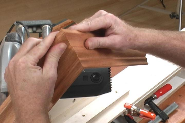 Cutting Crown Molding Woodworking Plan, Techniques Videos