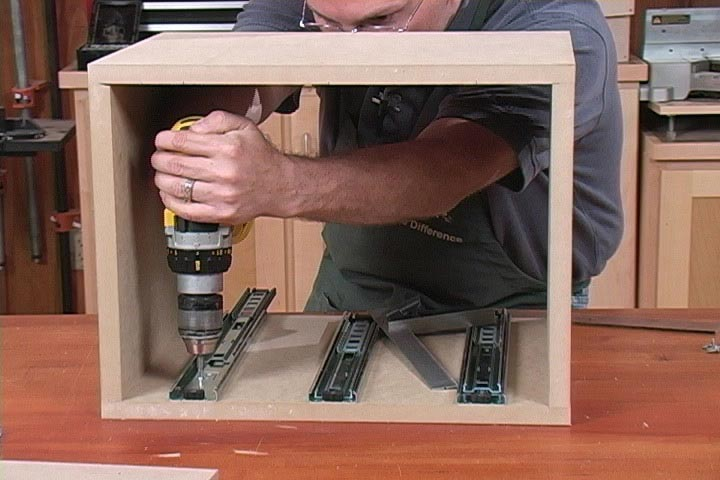 Super Simple Drawer Slides Woodworking Plan, Techniques Videos