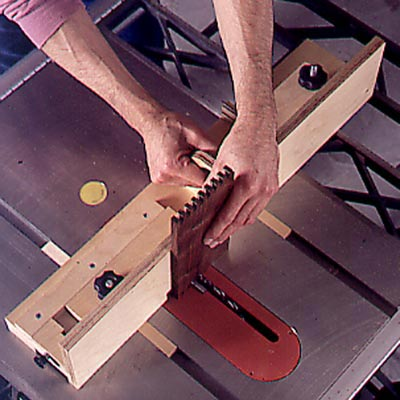 Box-Joint Jig Woodworking Plan, Workshop & Jigs Jigs & Fixtures Workshop & Jigs $2 Shop Plans