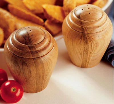 Turned Salt & Pepper Shakers Woodworking Plan, Gifts & Decorations Kitchen Accessories Turning Projects