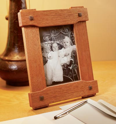 Era-inspired picture frame Woodworking Plan, Gifts & Decorations Picture Frames