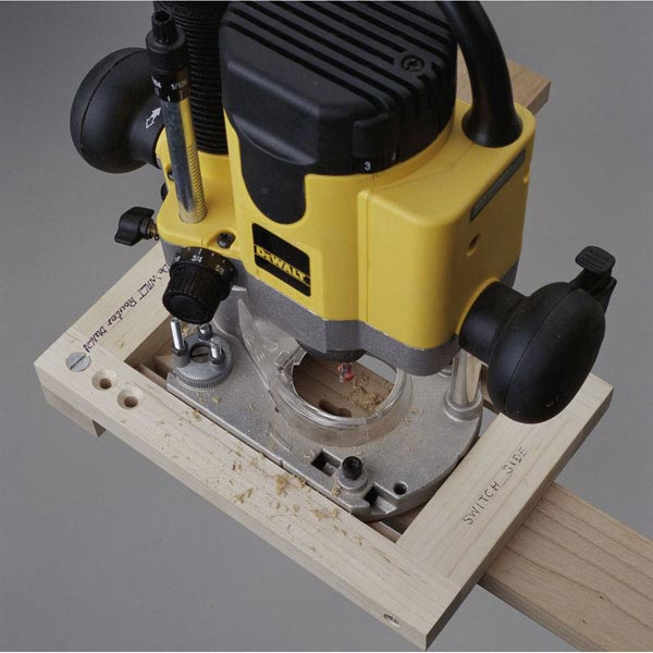 Keyhole Routing Jig Woodworking Plan, Workshop & Jigs Jigs & Fixtures Workshop & Jigs $2 Shop Plans