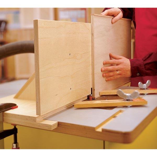 Flush-Trimming Fence Woodworking Plan, Workshop & Jigs Jigs & Fixtures Workshop & Jigs $2 Shop Plans