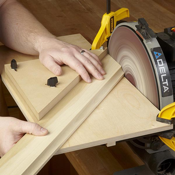 Miter-sanding Jig Woodworking Plan, Workshop & Jigs Jigs & Fixtures Workshop & Jigs $2 Shop Plans
