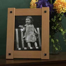 Buttoned-up Picture Frame Woodworking Plan, Gifts & Decorations Picture Frames