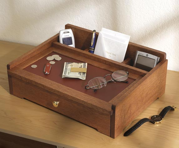 Dresser Top Valet Woodworking Plan From Wood Magazine