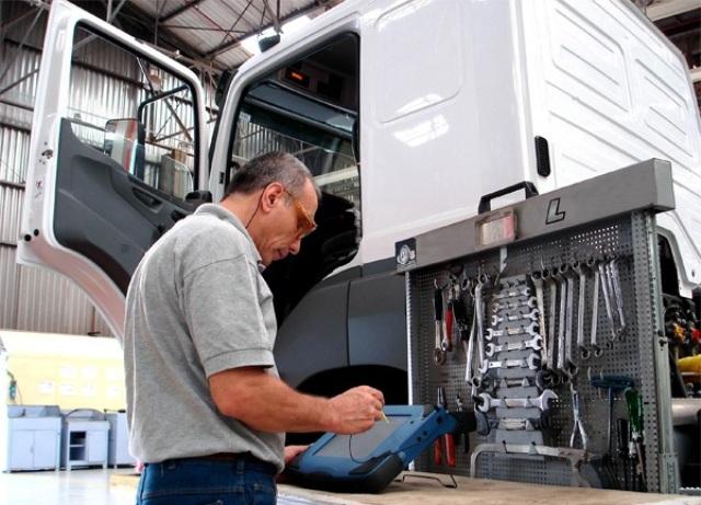 Encontre um bom mecânico para seu caminhão