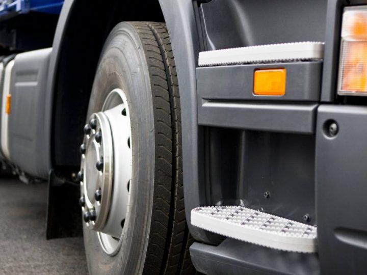Escolher Pneus para caminhão: Aprenda como escolher o mais adequado para seu caminhão.