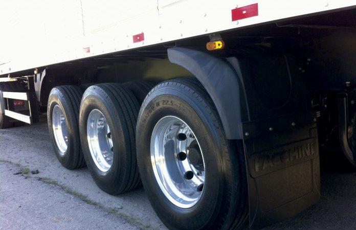 Quer aumentar a vida útil dos pneus? Confira as dicas.