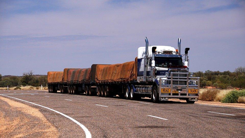 Financiando caminhões usados/seminovos.