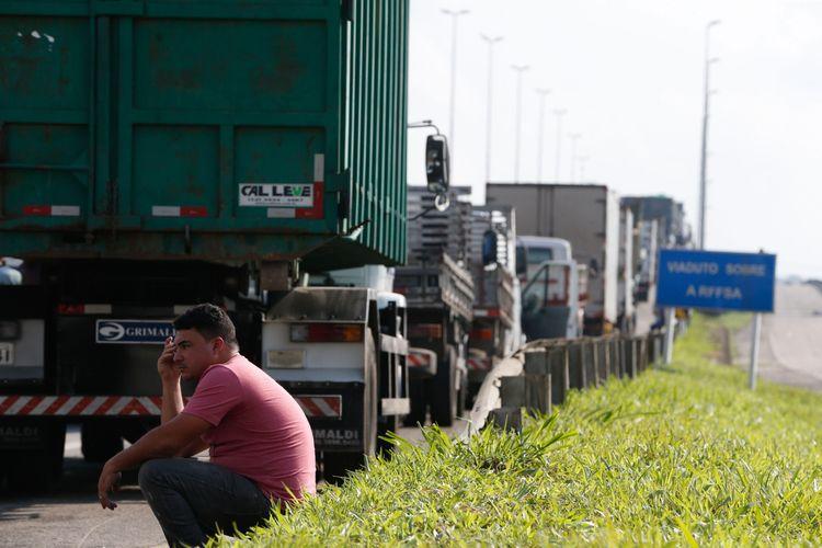 A lei do frete mínimo melhorou as condições do caminhoneiro?