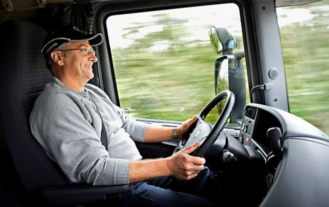 EPIs fundamentais para o transporte de produtos perigosos
