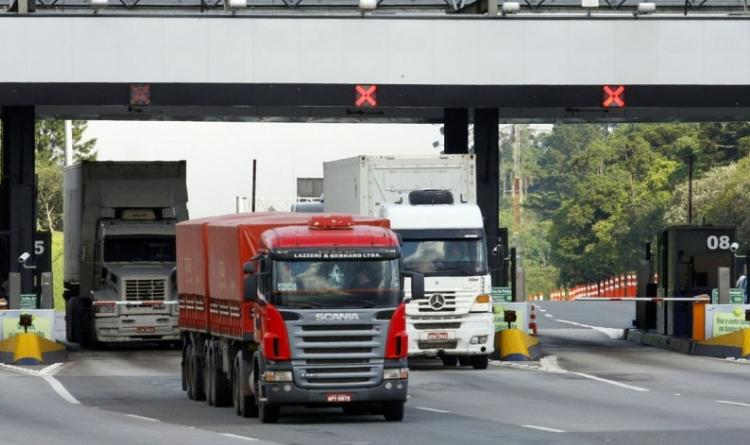 Por que os pedágios para caminhão são importantes?
