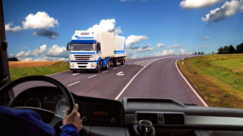 Viagem de Longa Distância: Como o caminhoneiro deve se preparar
