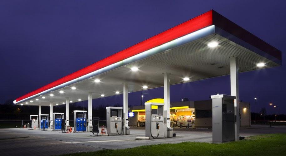 Por que alguns postos de gasolina não recebem os motoristas como antes?