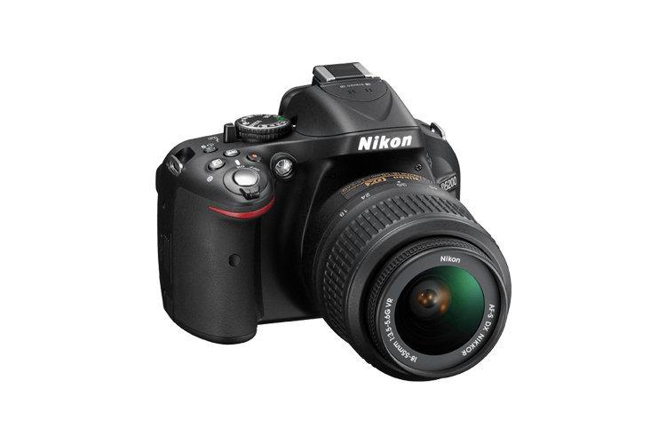 Câmera Nikon DSLR D5200