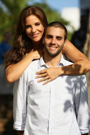 ivetesangalo-sugar-mommy-mais-novo