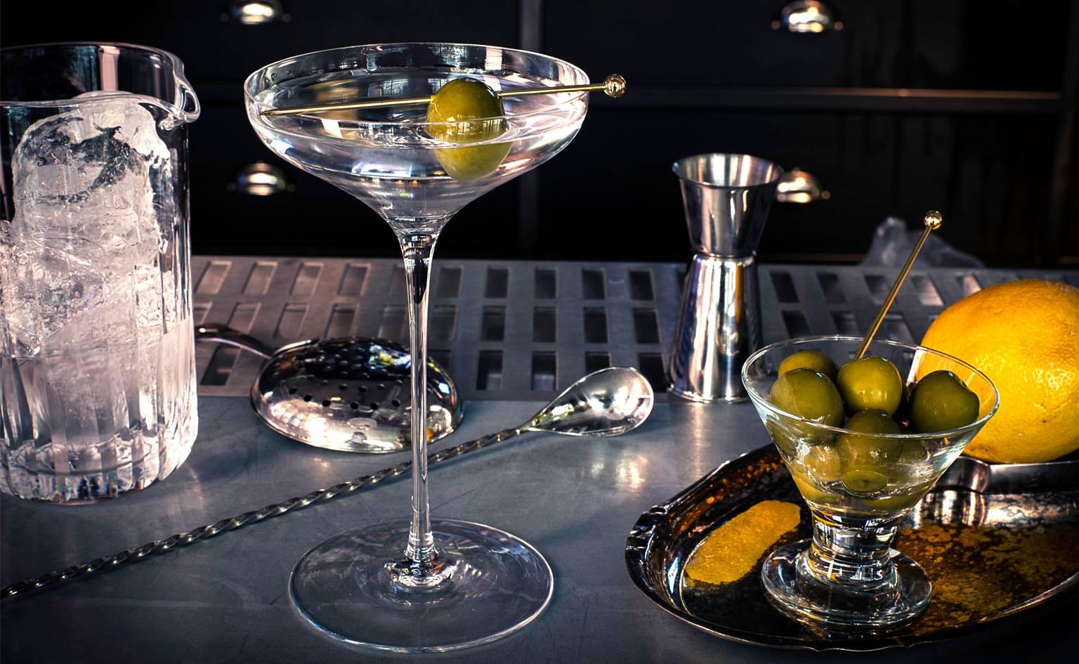 красивые картинки с бокалами мартини прошлого