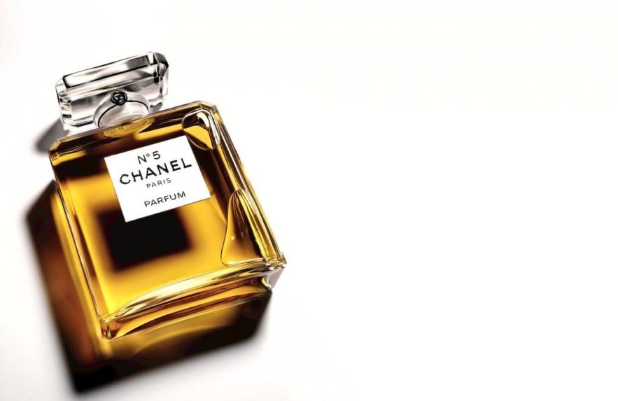 A história do perfume preferido das Sugar Babies