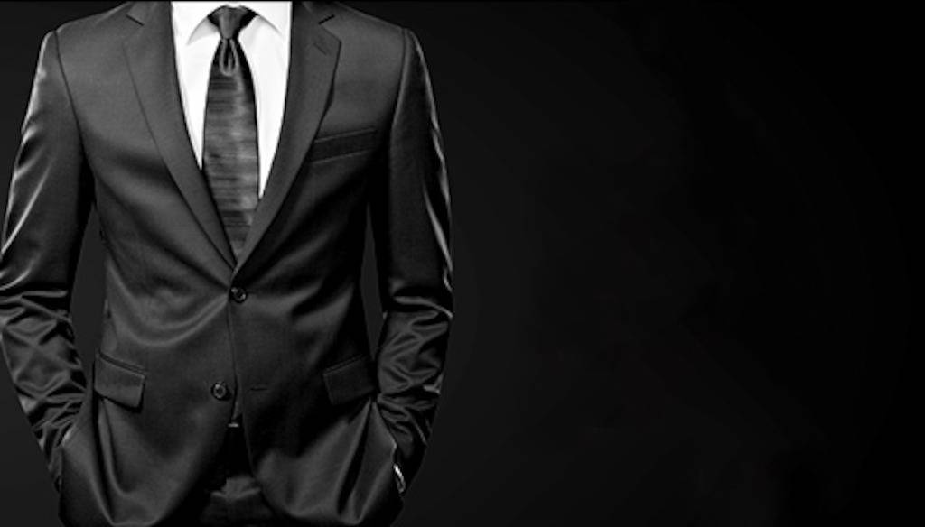 Homens passam por verificação de antecedentes criminais antes de marcar encontros online
