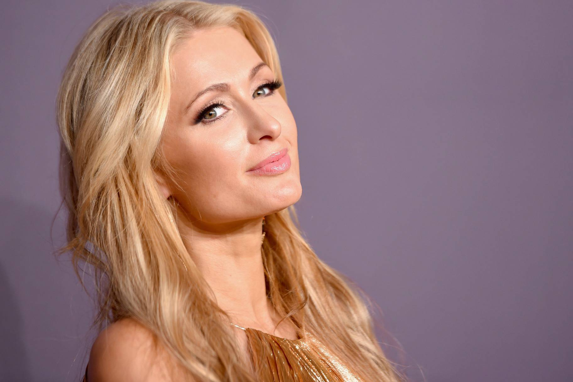 O anel de noivado de Paris Hilton