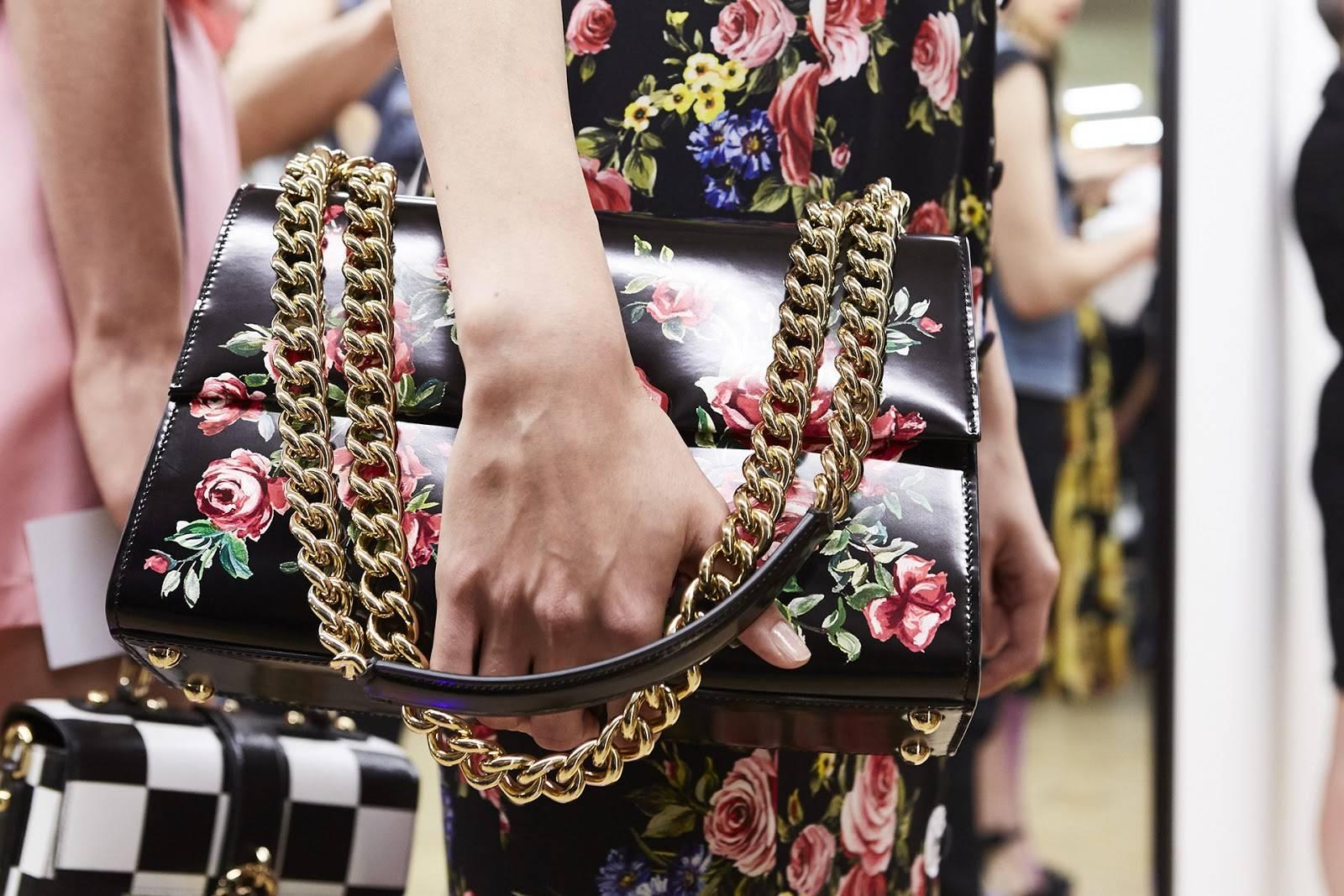 Fique de olho nesta tendência: bolsas-joias para esta temporada