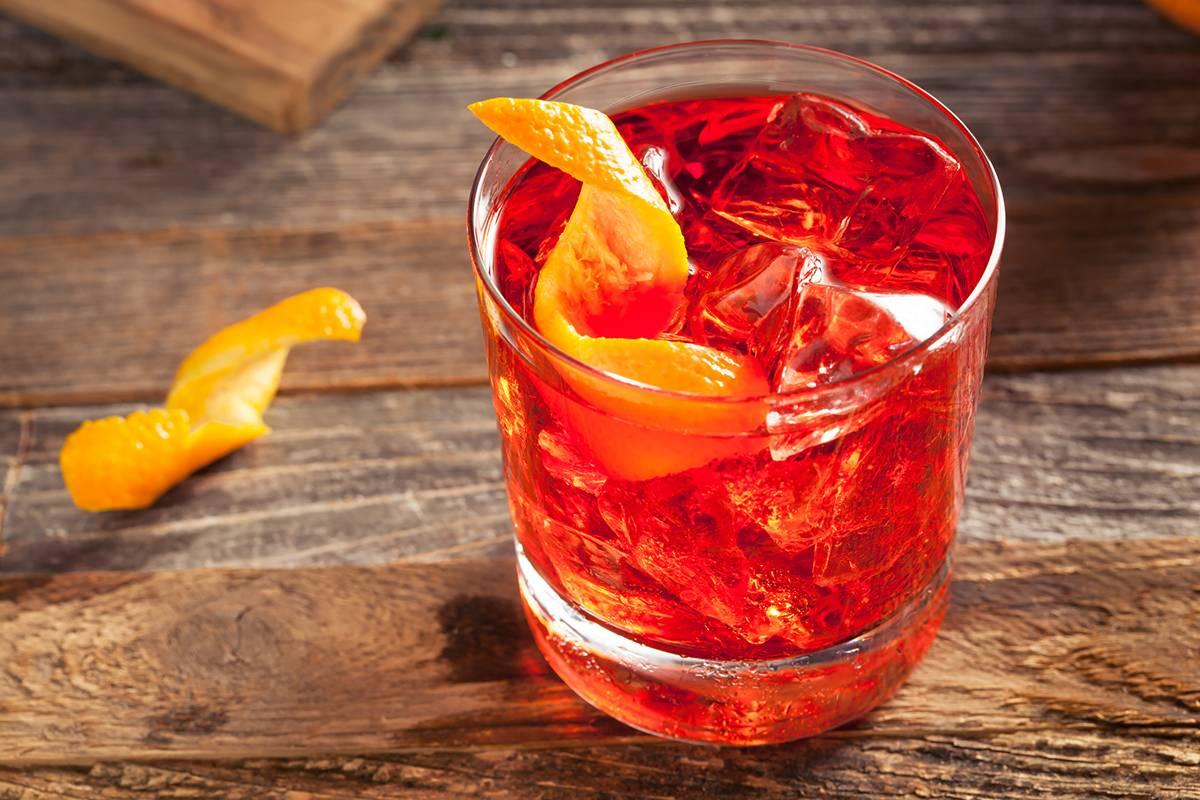 Saiba como preparar diferentes drinks usando Gin