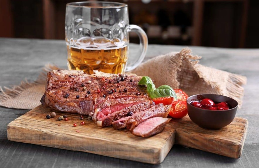 A cerveja ideal para cada tipo de carne