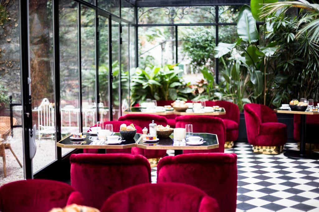 Conheça o menor e incrível hotel de luxo de Paris