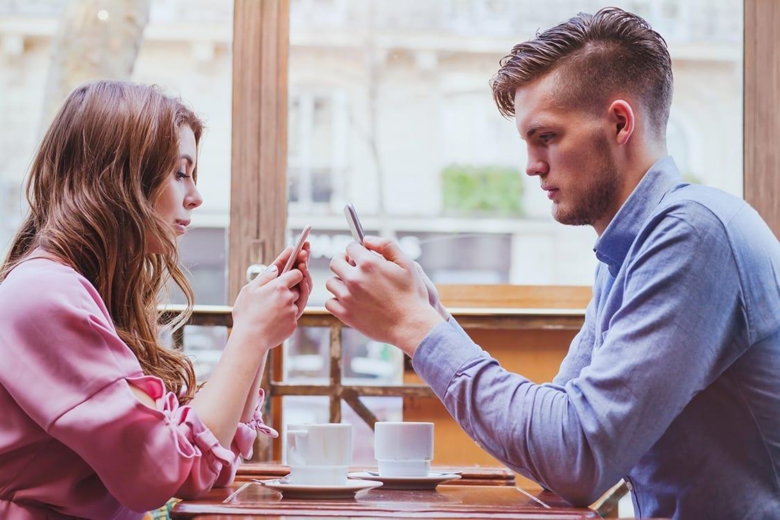 A diferença de idade nos relacionamentos amorosos: quais as vantagens?