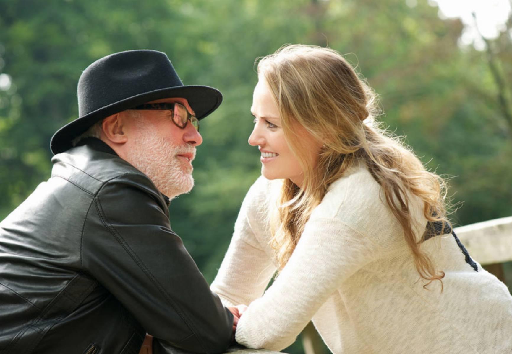 Como lidar com os preconceitos nas relações amorosas