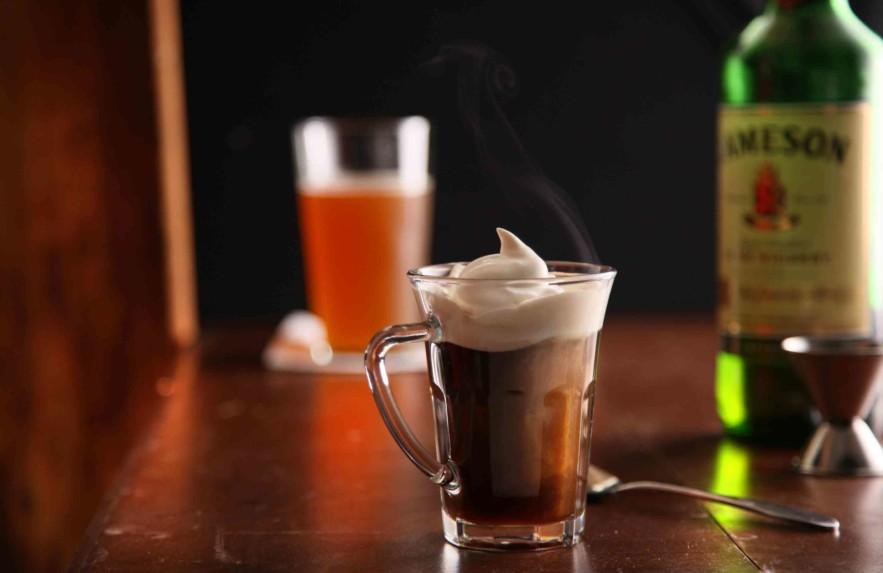 Drinks feitos com café