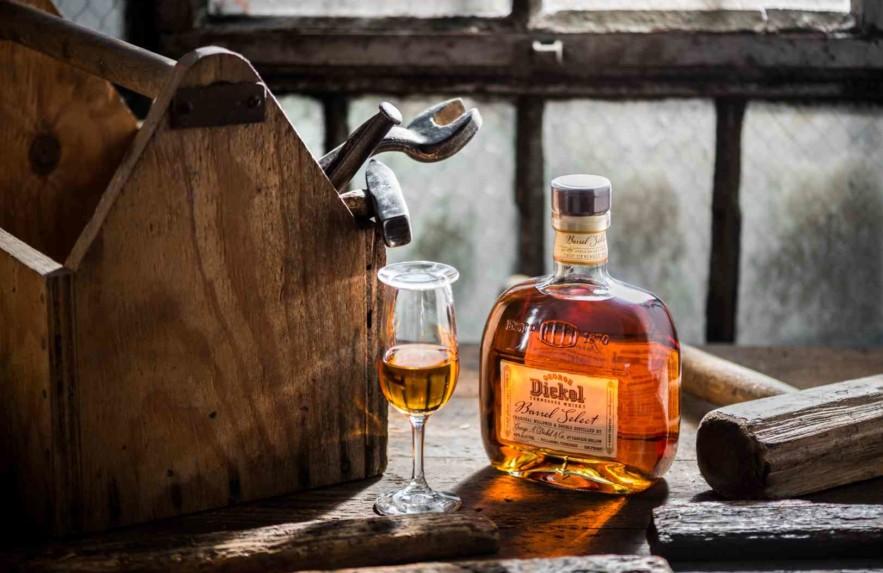 Mitos sobre como beber uísque