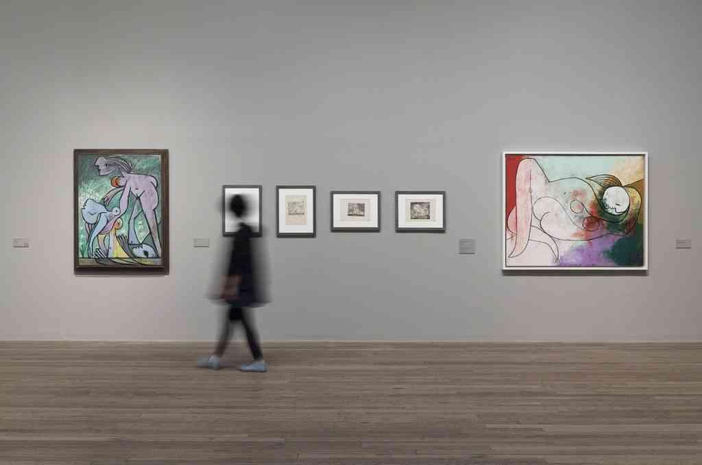 Exposições de arte na Europa no verão