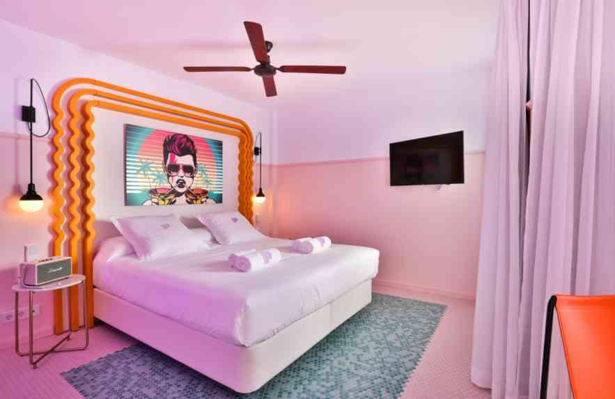 Conheça o hotel em Ibiza que é quase uma galeria de arte