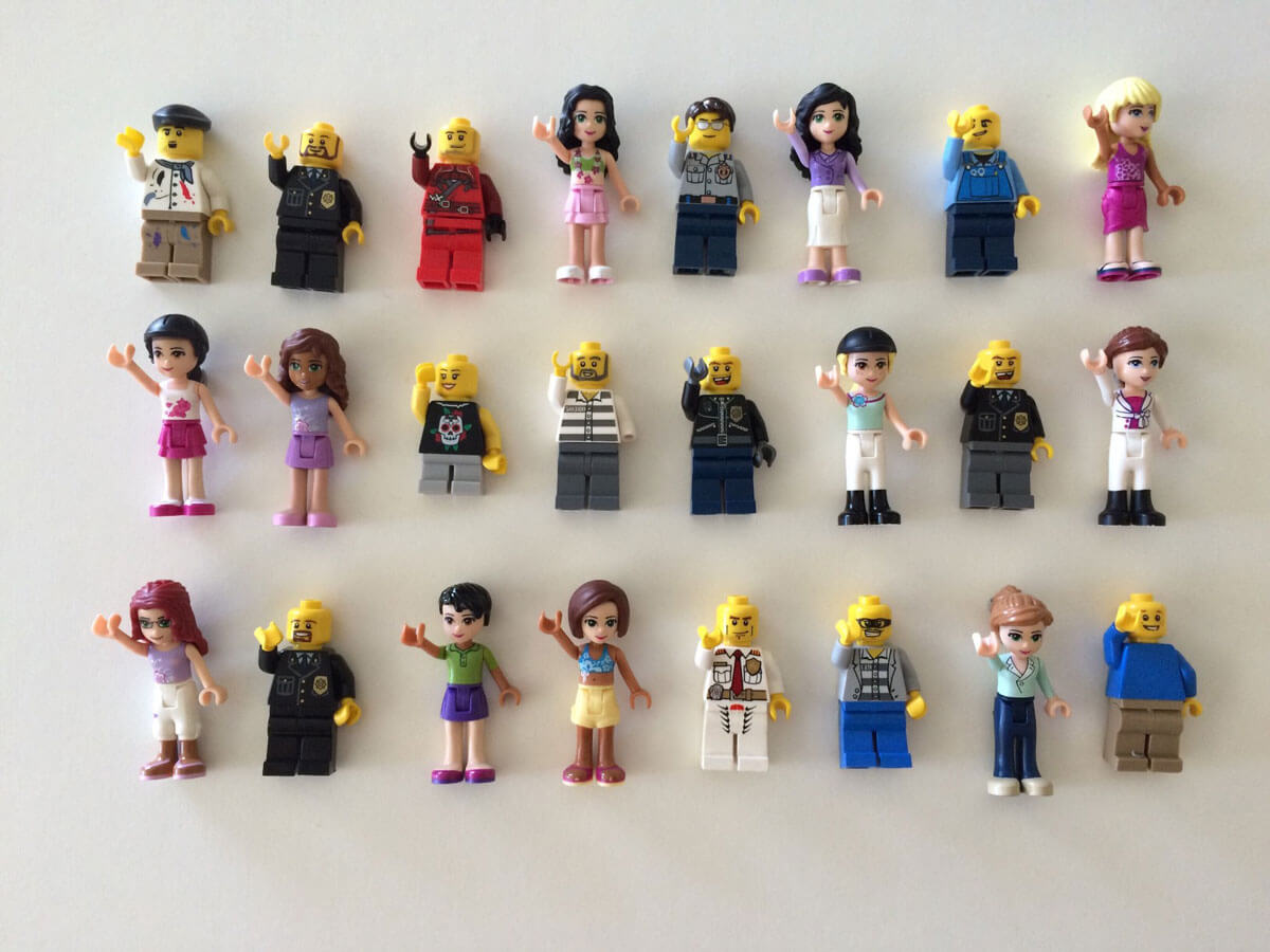 many lego men and women