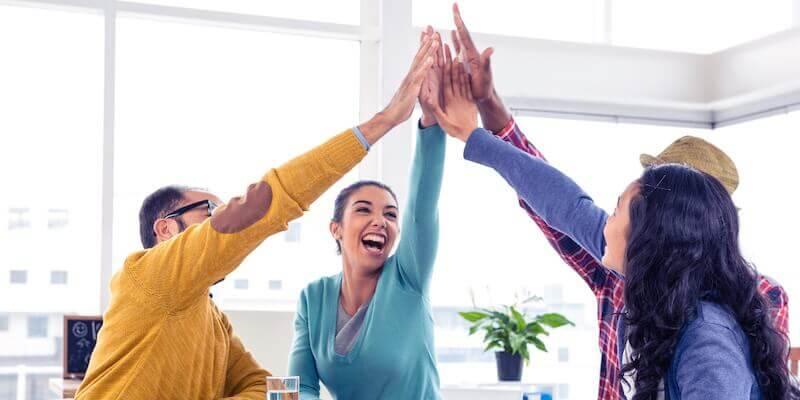 ¿Es posible incorporar el aprendizaje experiencial a las actividades de team building?