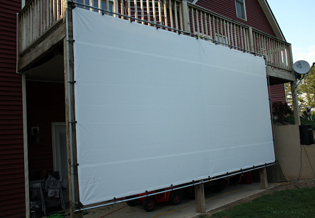 Weekend Projects 5 Easy Ways To Build An Outdoor Movie