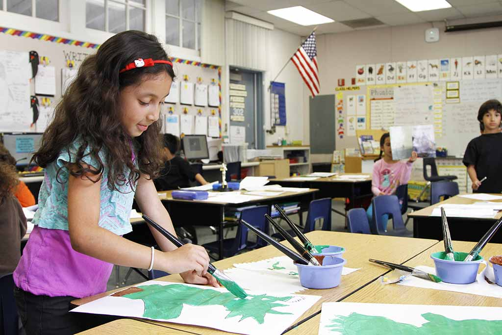 Allen Elementary student during art time