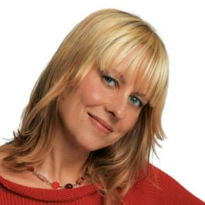 Debbie Stoller headshot