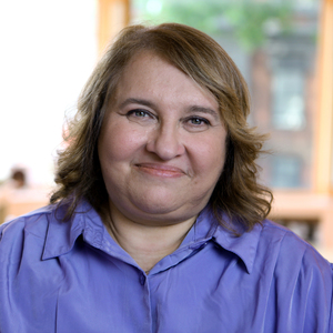 Sharon Salzberg headshot